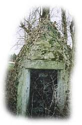 Le puit Arthaud situé dans le bourg